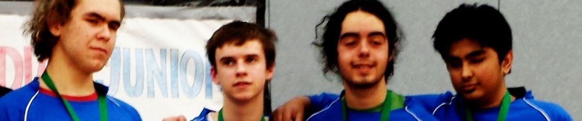 Équipe québécoise junior de goalball avec les médailles de bronze au championat_junior Dominic Brouillet, Tristan Lépine-Lacroix, Félix Derome, et Rakibul Karim.