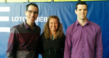 Josué Coudé athlète en Goalball, Annie Bouchard et Matthieu Croteau-Daigle athlètes en Vélo tandem boursiers du Programme Loto-Québec.