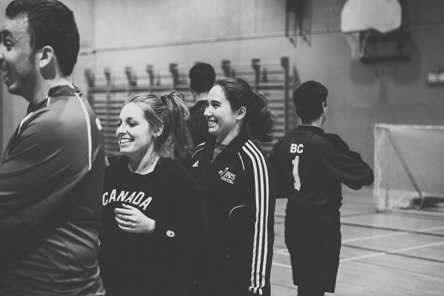 Photo: Les entraineures de l'équipe du Québec, Lydia Beaulieu (à gauche) et Nathalie Séguin (à droite).