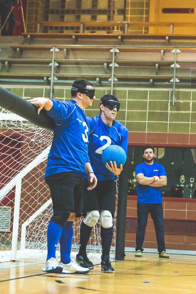 Photo: Les athlètes Bruno Haché et Josué Coudé en situation de jeu. Crédit photo: Merryl B. Photographe