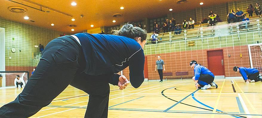 Nathalie Séguin durant une partie de goalball