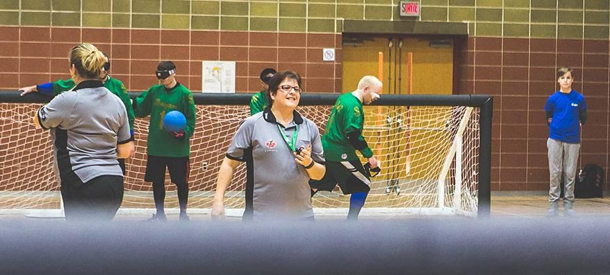 Joëlle Boulet durant une partie de goalball