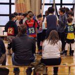 Les entraîneures avec tous les enfants.