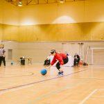 TIGM2019-Une joueuse de l'Alberta va récupérer le ballon.