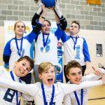 24. Tournoi de mini-goalball Mars 2019 - Les deux équipes des Griffons et des Phurax fiers de leurs médailles.