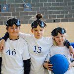 3. Tournoi de mini-goalball Mars 2019 - L'équipe des Aigles-Fins, (de gauche à droite) Liam, Élyana et Madeleine.