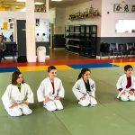 Du sport pour moi! Montréal - Judo. Les enfants font le salut avant la fin.