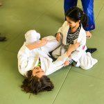 Du sport pour moi! Montréal - Judo. Sarah et Sofia en combat.
