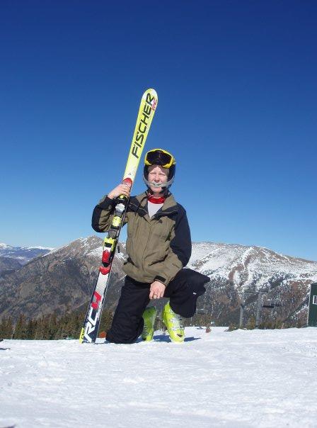 Viviane Forest au sommet d'une piste de ski alpin