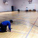 Goalball récréatif ASAQ – Hiver 2019. Vue des deux équipes sur le terrain.