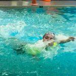 Programme Du sport pour moi! Printemps 2019 - Natation. Capitale-Nationale - Printemps 2019. Madeleine qui nage.