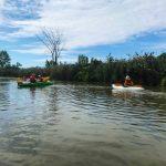 DSPM-Montréal-Automne 2019-Mayak. Clovis en mayak, encouragé par sa maman et son petit frère en kayak