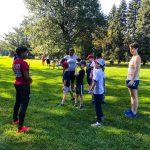Programme DSPM Montréal-Athlétisme. Harmine parle au groupe.